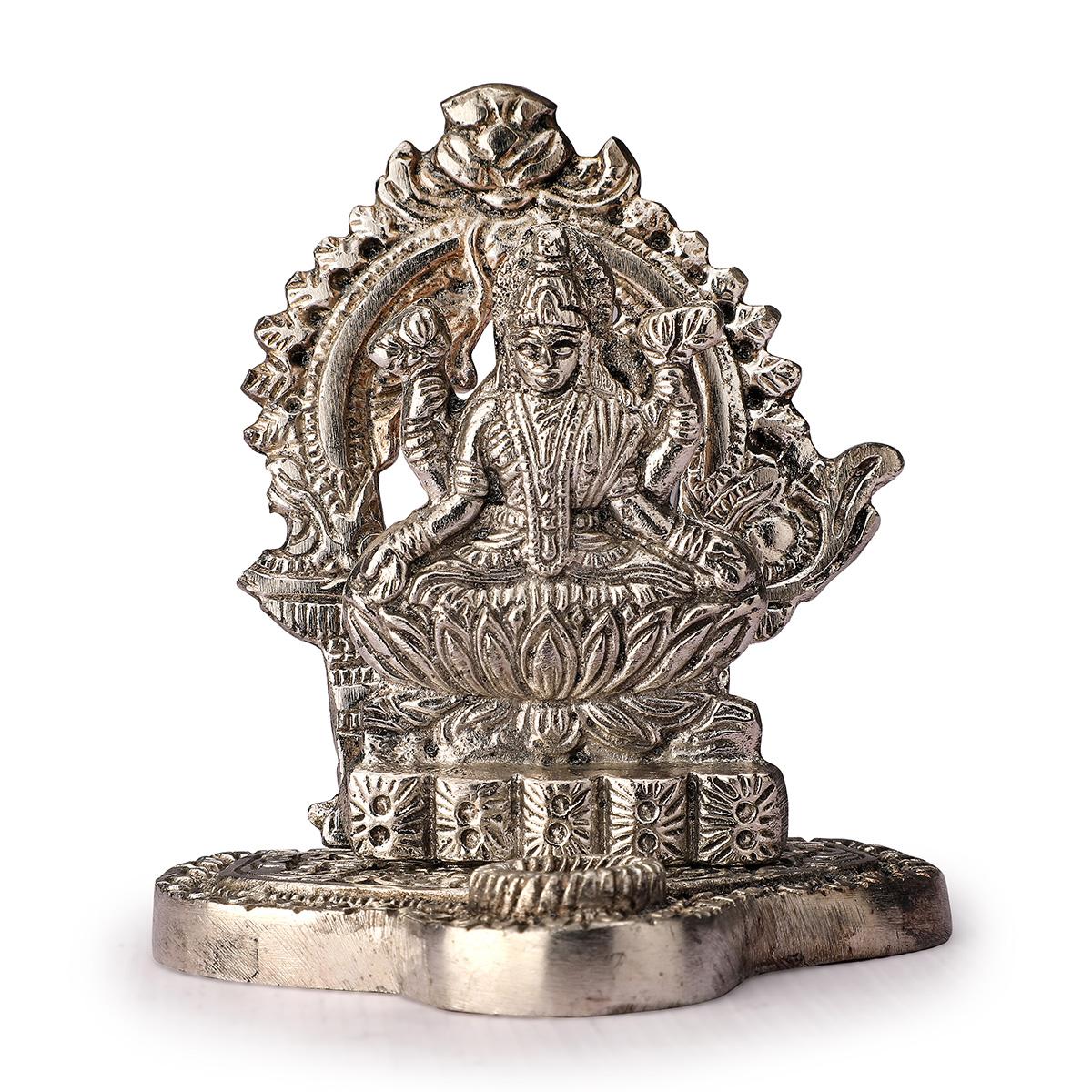 Choki Murti Saraswati Statue